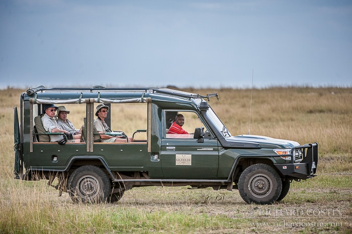 photography safari out in africa in search of lion, leopard and cheetah