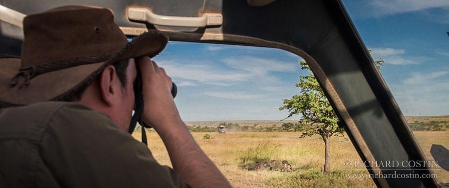 Leica Binoculars review, Richard Costin Wildlife Photography Safairs